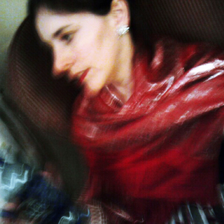 gambar profil Loz Loory