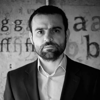 Bogdan Theodor Olteanu gambar profil