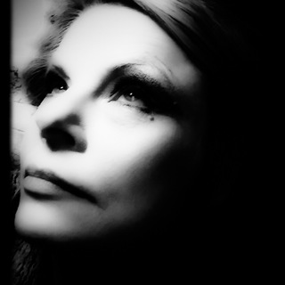 Lena poză de profil