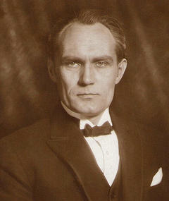 Photo of Bernhard Goetzke