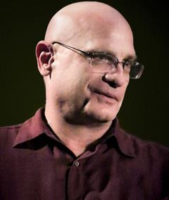 Jim Uhls adlı kişinin fotoğrafı
