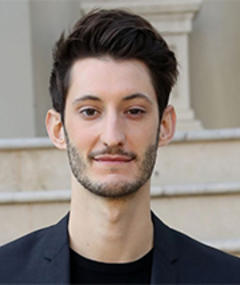 Photo of Pierre Niney