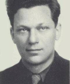 Herbert Kline এর ছবি
