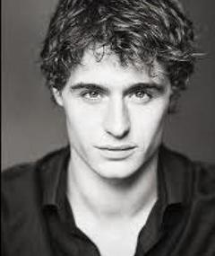 Photo of Max Irons