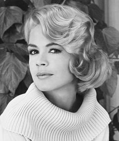Photo of Sandra Dee