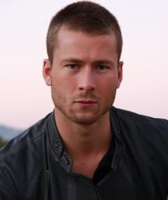 Photo of Glen Powell
