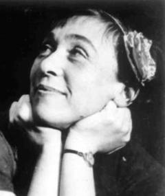 Photo of Elisabeth Neumann-Viertel