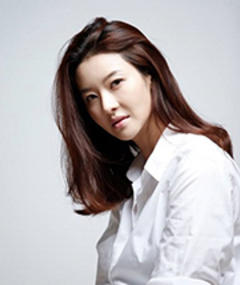Photo of Song Seon-mi