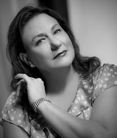 Photo of Kelly Lynn Warren