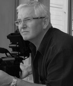 Gambar Roger Lanser