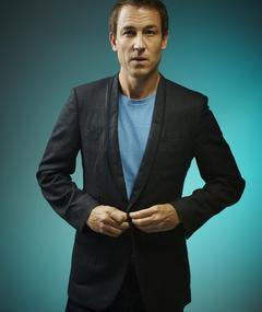Photo of Tobias Menzies