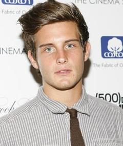Photo of Nico Tortorella