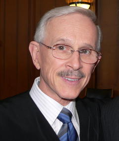 Photo of Dick Smothers