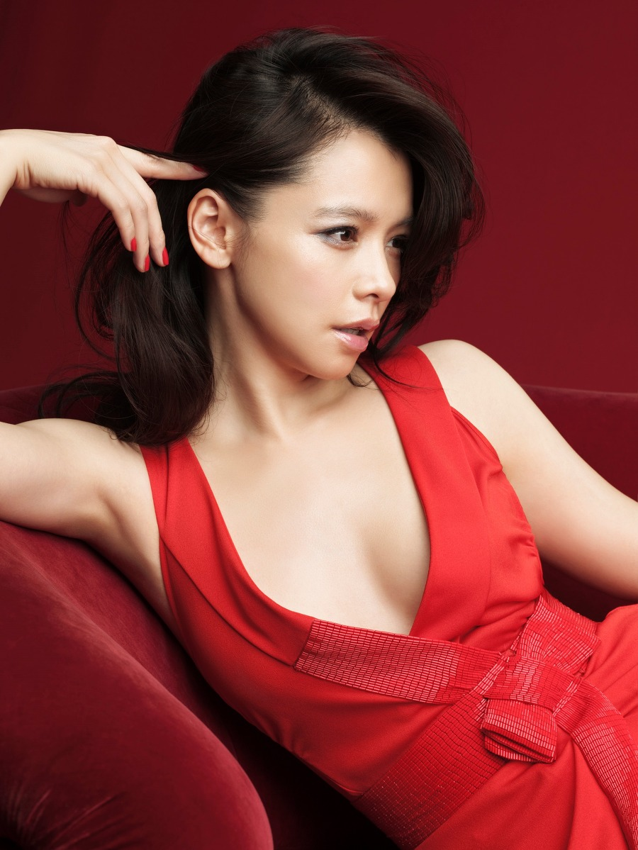 Watch Vivian Hsu video