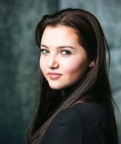 Photo of Mia McKenna-Bruce