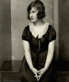 Photo of Dorothy Gish