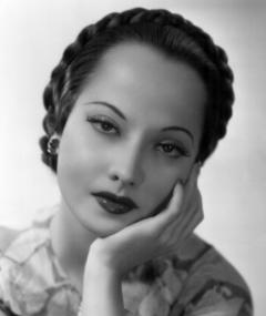 Photo of Merle Oberon