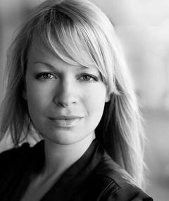 Photo of Sian Breckin