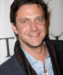Photo of Raúl Esparza