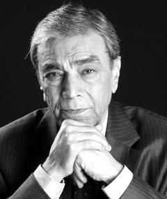 Photo of Zia Mohyeddin