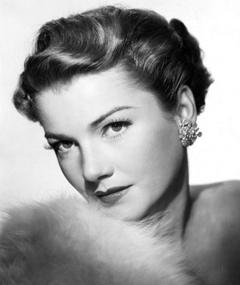 Photo of Anne Baxter