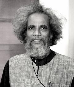 Photo of Velu Viswanadhan