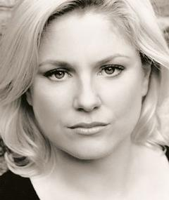 Photo of Helen Dallimore