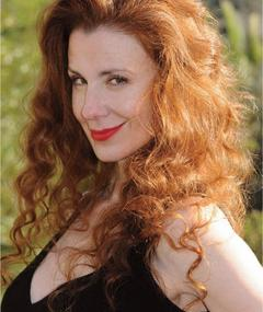 Photo of Suzie Plakson