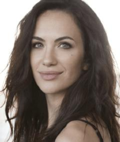 Photo of Kate Siegel
