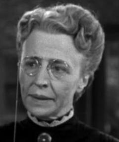 Photo of Edna Holland