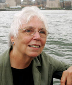 Photo of Nancy Holt