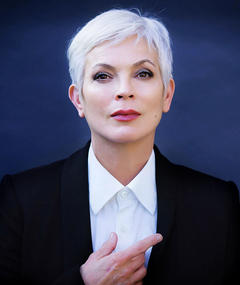 Photo of Elizabeth Gracen