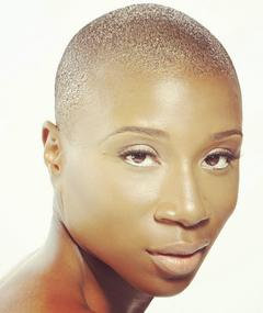 Photo of Aisha Hinds