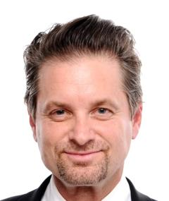 Photo of Shea Whigham