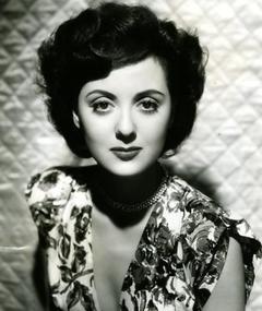 Photo of Lana Morris