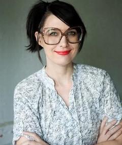Photo of Kathleen Hanna
