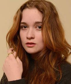 Photo of Alice Englert