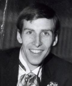 David R. Loxton adlı kişinin fotoğrafı