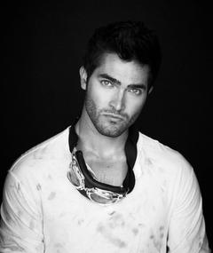 Photo of Tyler Hoechlin