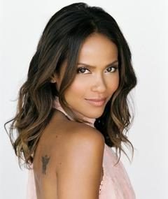 Photo of Lesley-Ann Brandt