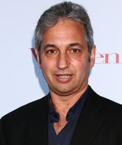 Gambar David Shore