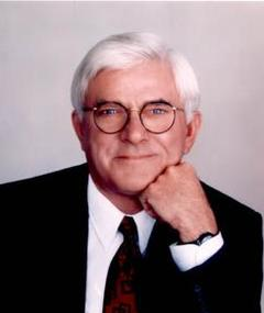 Photo of Phil Donahue
