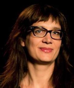 Photo of Julie Paratian