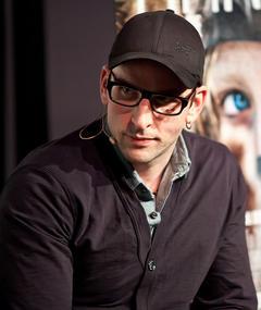 Photo of Seth Lochhead