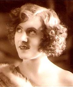Ossi Oswalda adlı kişinin fotoğrafı