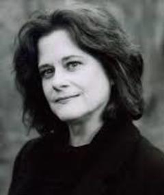 Photo of Lesleh Donaldson