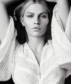 Photo of Aline Weber