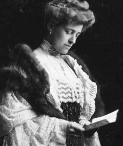 Photo of Edith Wharton