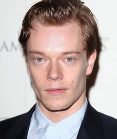 Photo of Alfie Allen