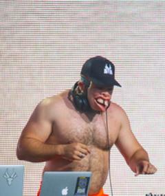 Poza lui DJ Hi-Tek